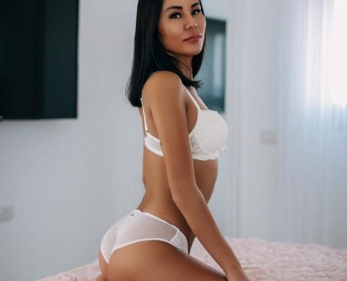 beautiful asian LolaEscort (1)